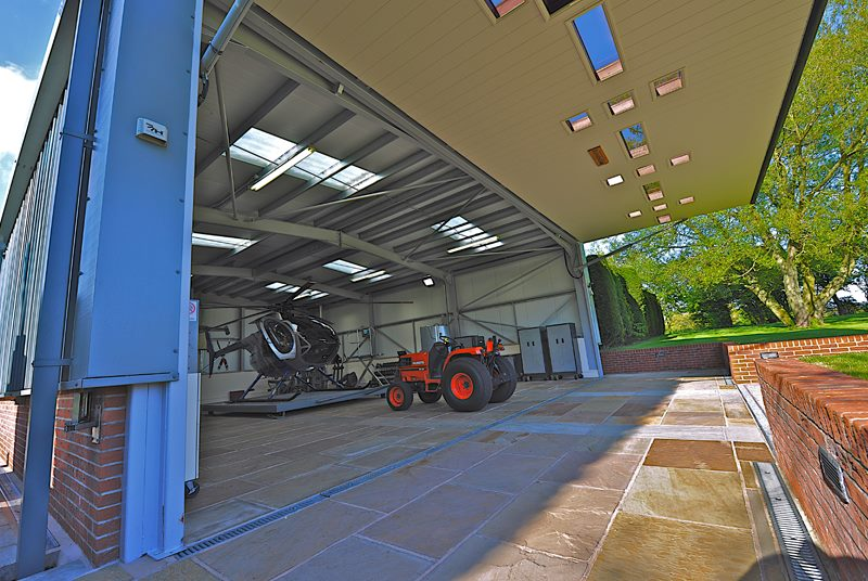 hydroswing europe uk hangar door systems 379